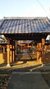 玉垂命神社門