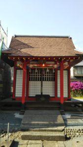 久留米源九郎稲荷神社社殿