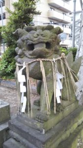 国分日吉神社狛犬右