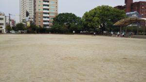 東町公園広場