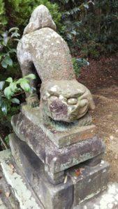 久留米熊野神社狛犬左